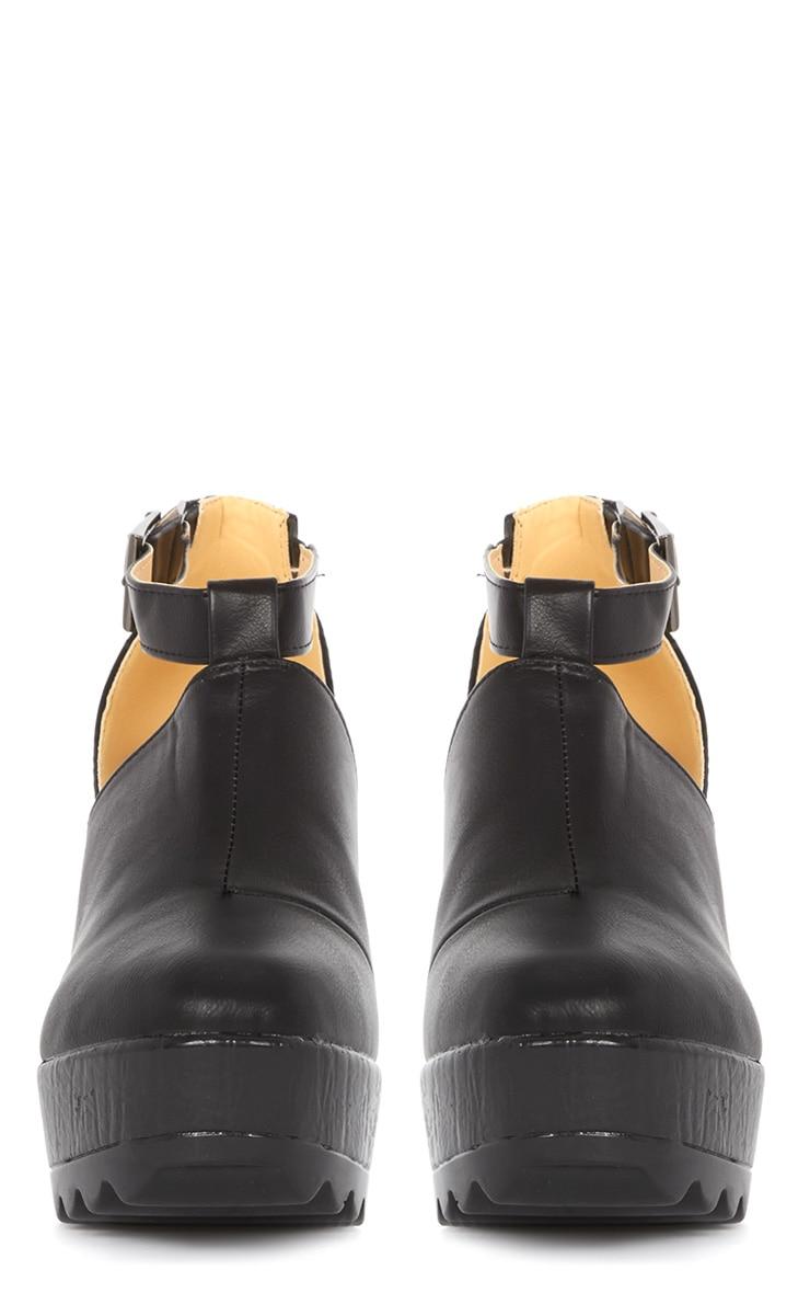 Dalia Black Strap Chunky Shoe  3