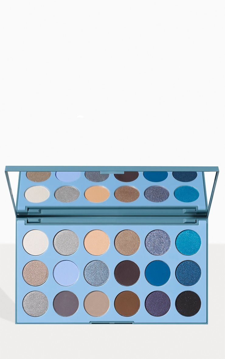 Morphe 18a Blue Ya Away Artistry Eyeshadow Palette 1