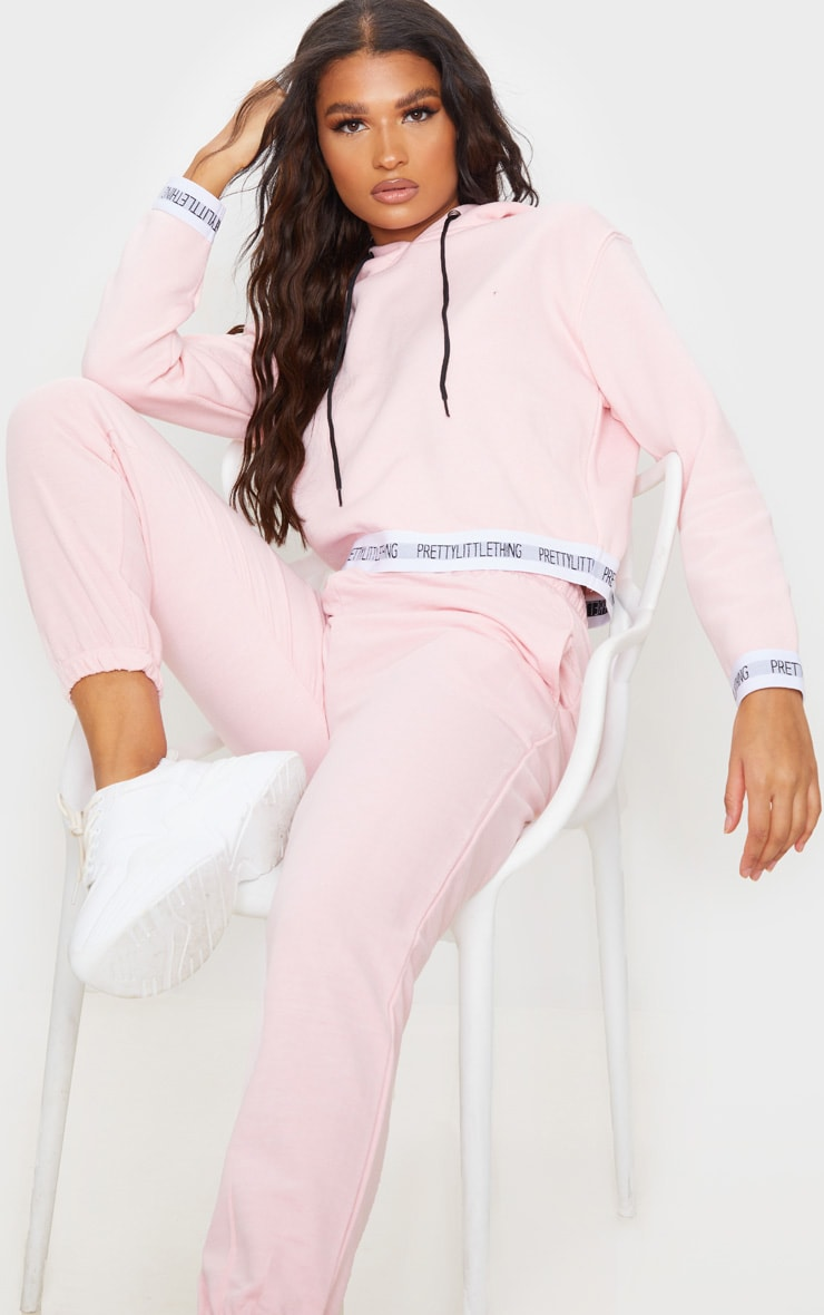 PRETTYLITTLETHING Baby Pink Trim Cropped Hoodie 3