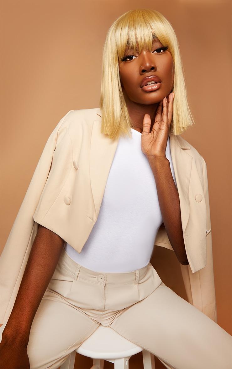 La Bello Beauty Blonde Bob Wig Iskaba 1