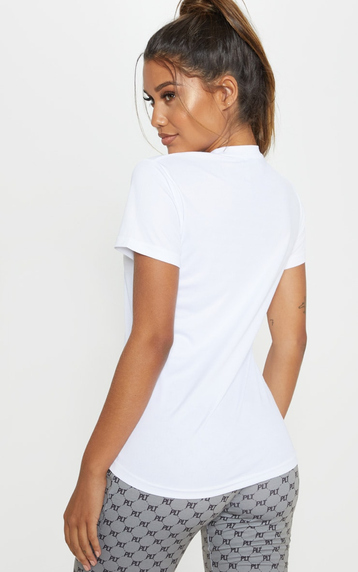 White Basic Sports T-shirt   2
