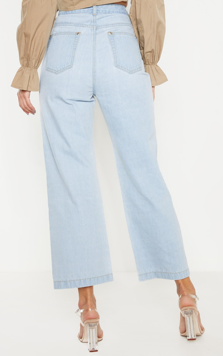 Light Wash Button Through Wide Leg Cropped Jean 3