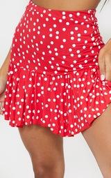 Mini-jupe rouge à pois et ourlet volanté 5