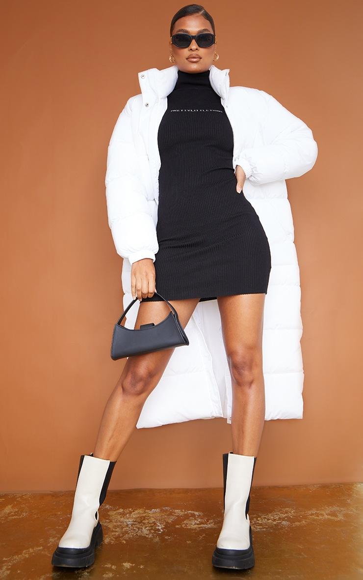 PRETTYLITTLETHING - Robe moulante en maille côtelée noire 4