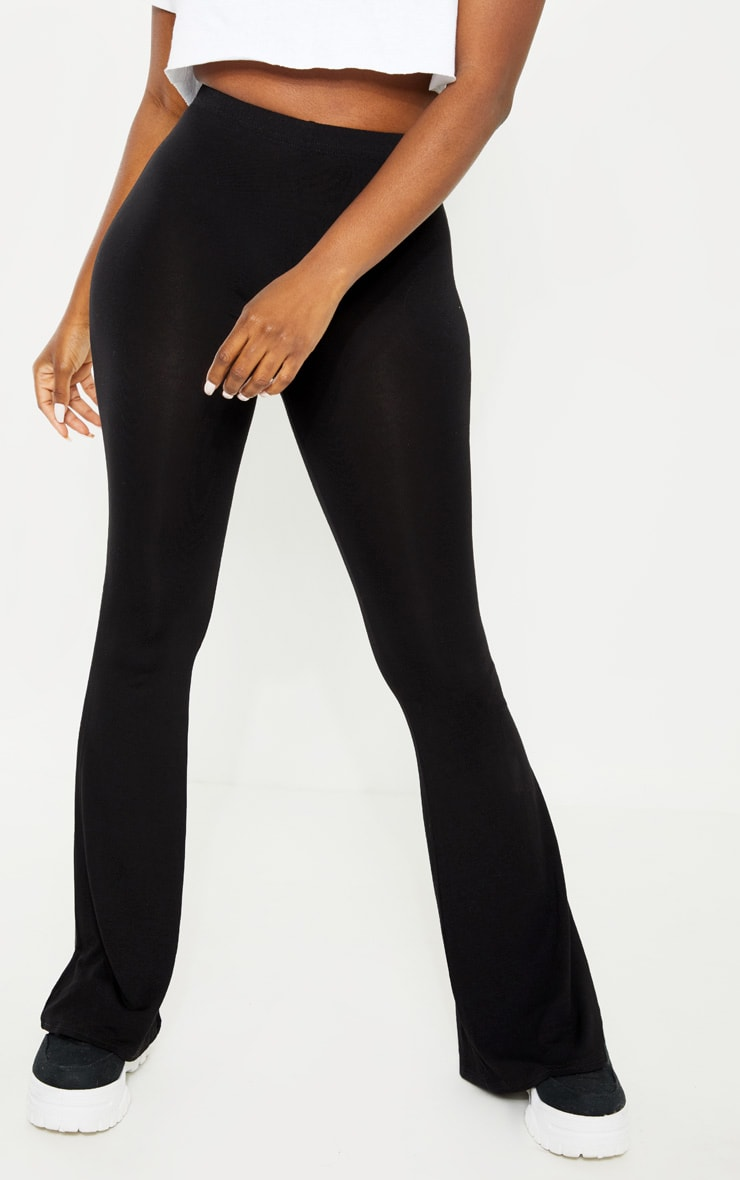 Petite Black Basic Flare Leg Trousers 2