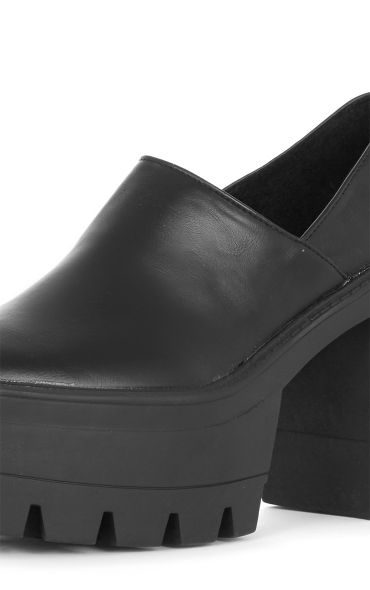 Blair Black Slip on Chunky Shoe  4
