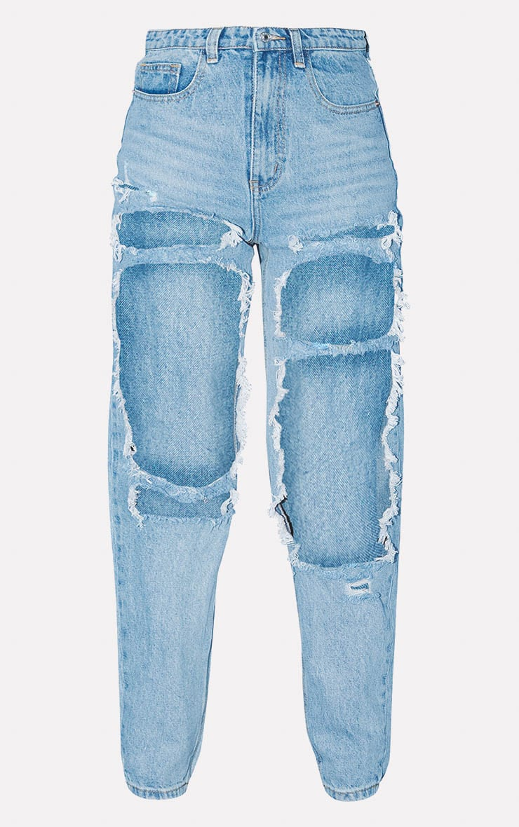 PRETTYLITTLETHING Light Wash Open Thigh Mom Jean 3