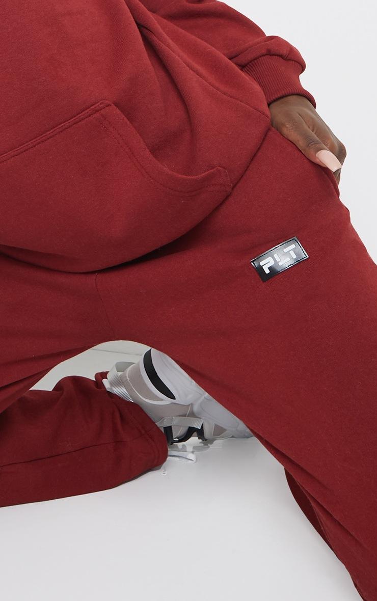 PRETTYLITTLETHING Tall Burgundy Badge Detail Straight Leg Joggers 4