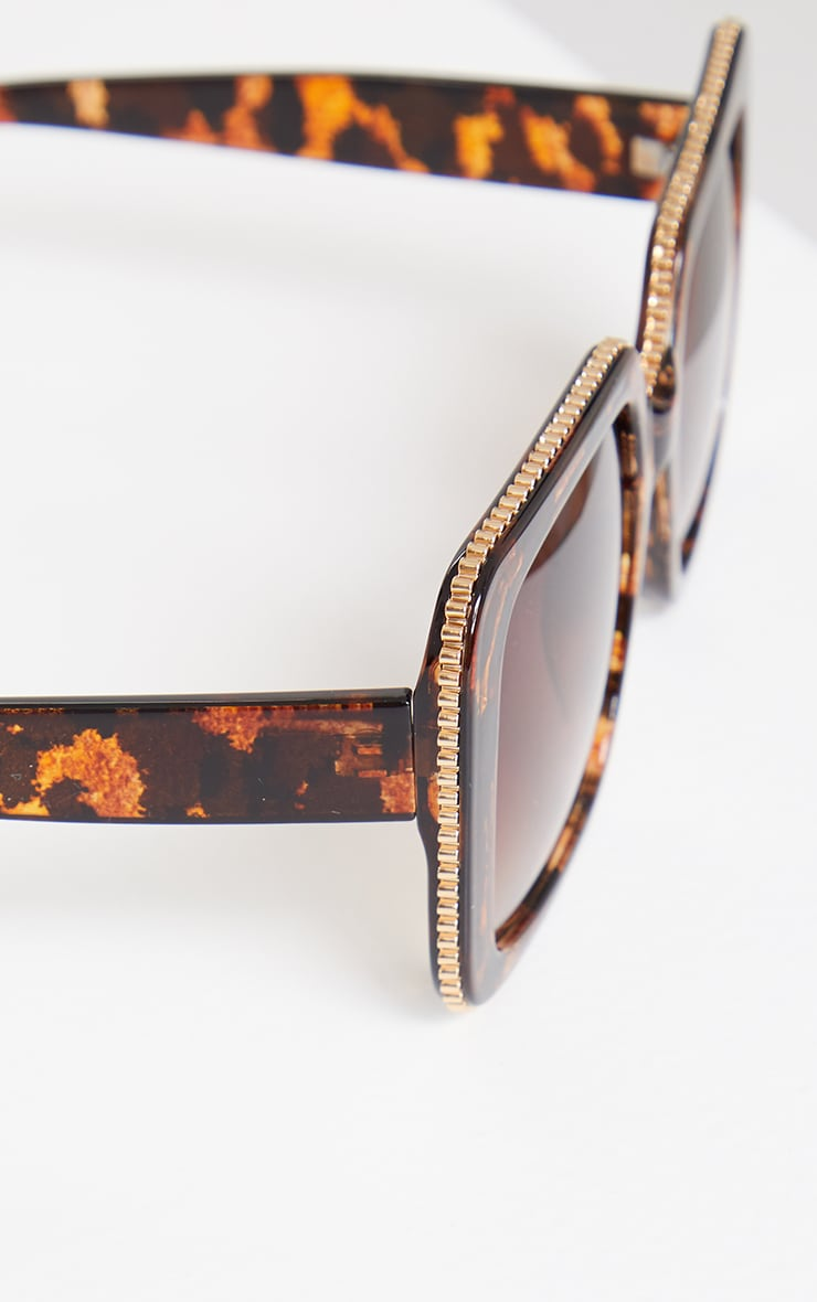 Brown Tortoise Oversized Square Cut Out Edge Sunglasses 3