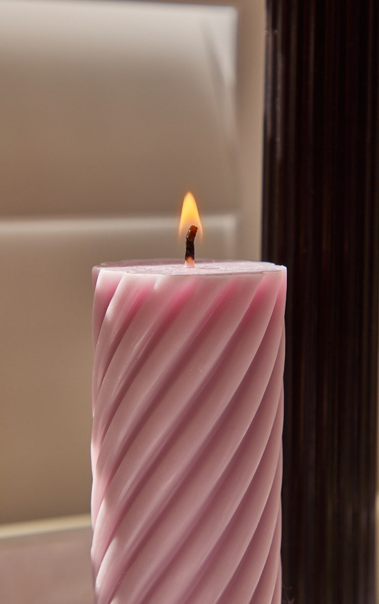 Lilac Swirl Pillar Scented Soy Wax Candle 12cm 2