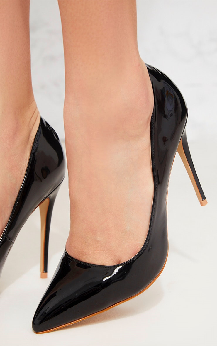 Black Patent Court Shoe 5