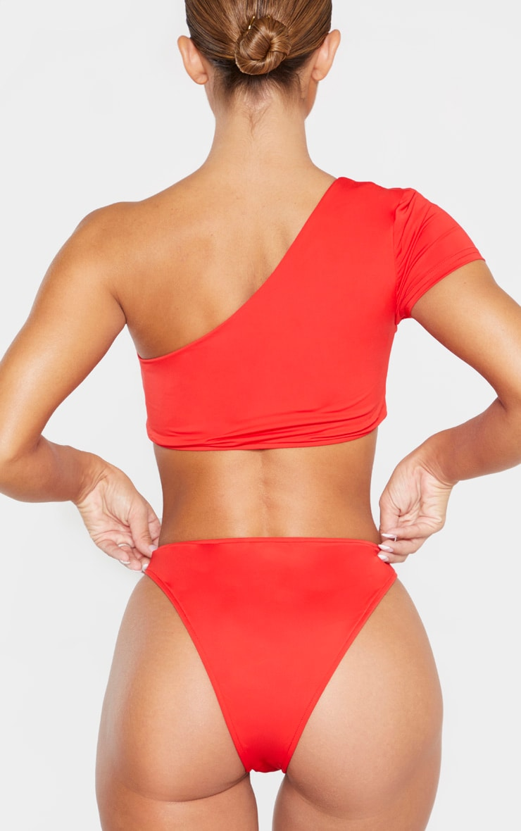 Red One Shoulder Sleeve Bikini Top 3