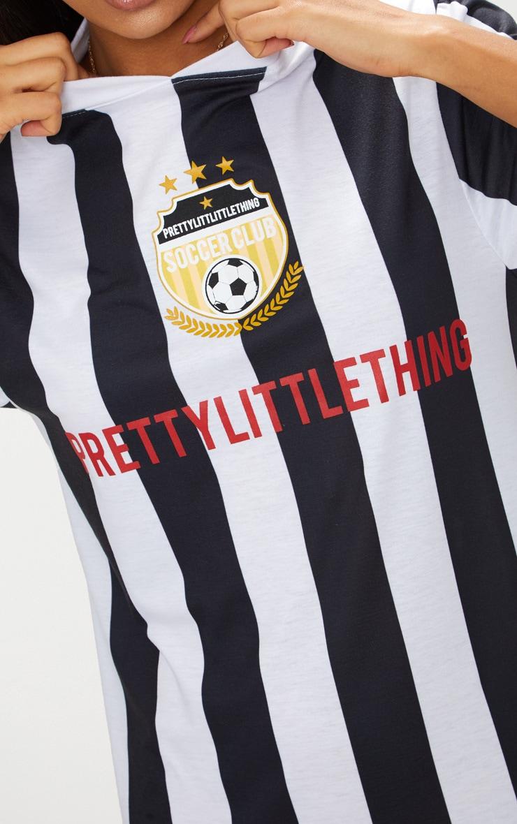 PRETTYLITTLETHING Monochrome Football Style T Shirt Dress 5
