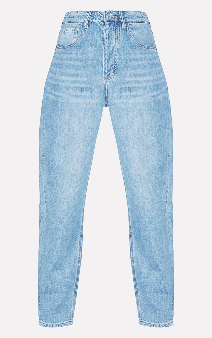 PRETTYLITTLETHING Light Wash Boyfriend Jean 3