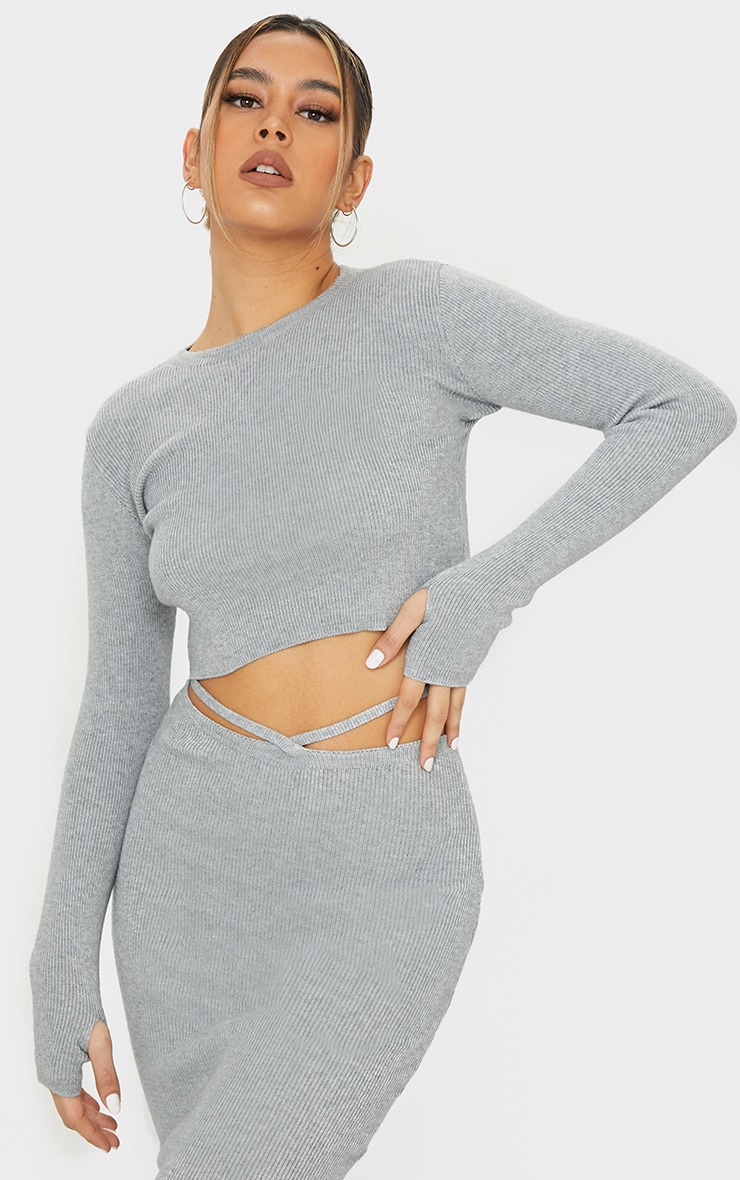 Grey Crew Neck Sweater With Thumb Holes 1