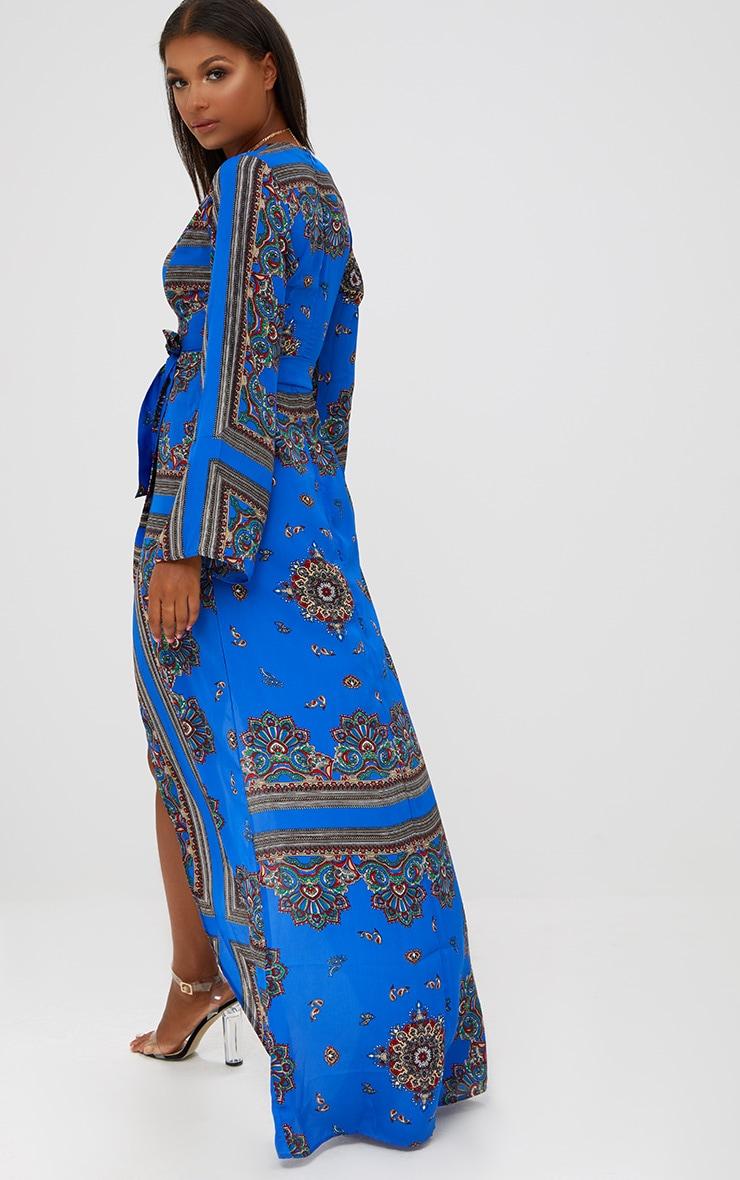Robe kimono longue bleu cobalt à imprimé géométrique 2