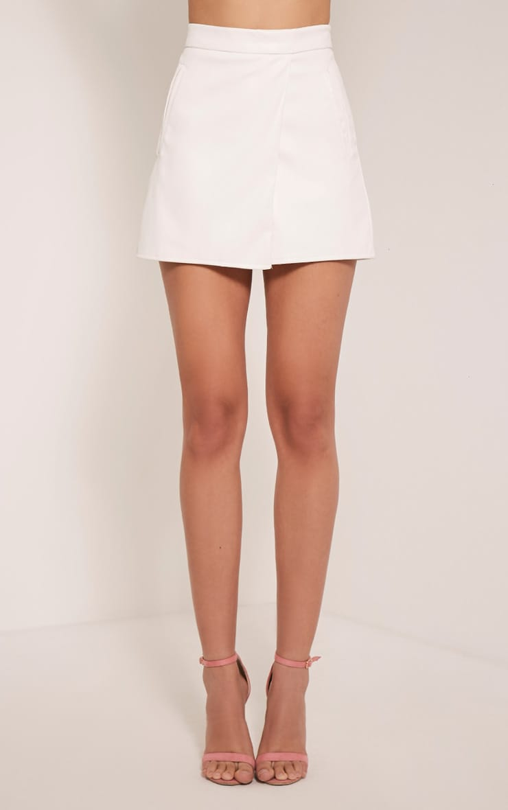 Chlo White Faux Leather Skort 2