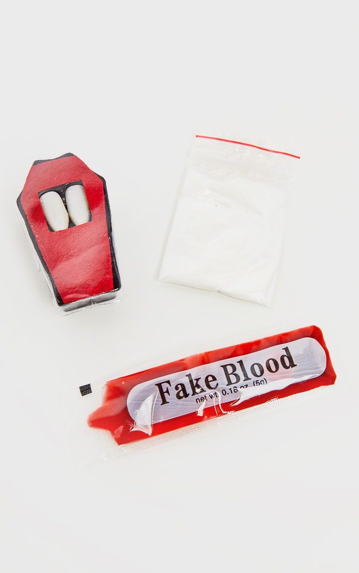 Halloween Vampire Fangs and Blood Set 2