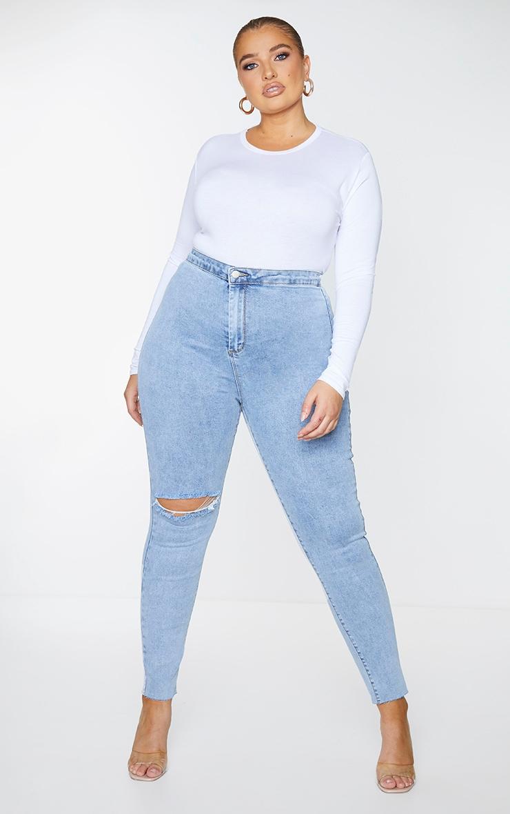 PRETTYLITTLETHING Plus Blue Raw Hem Knee Rip Skinny Jeans 1