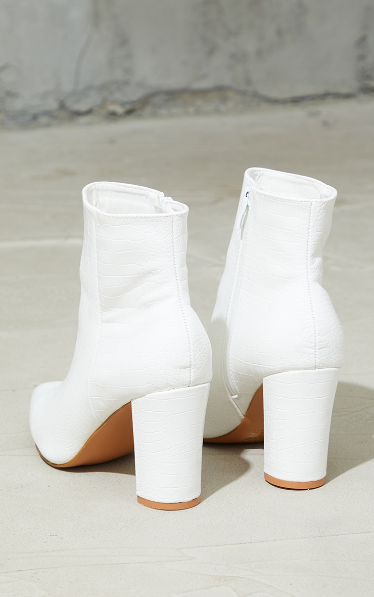 Bottines en similicuir croco blanc  4