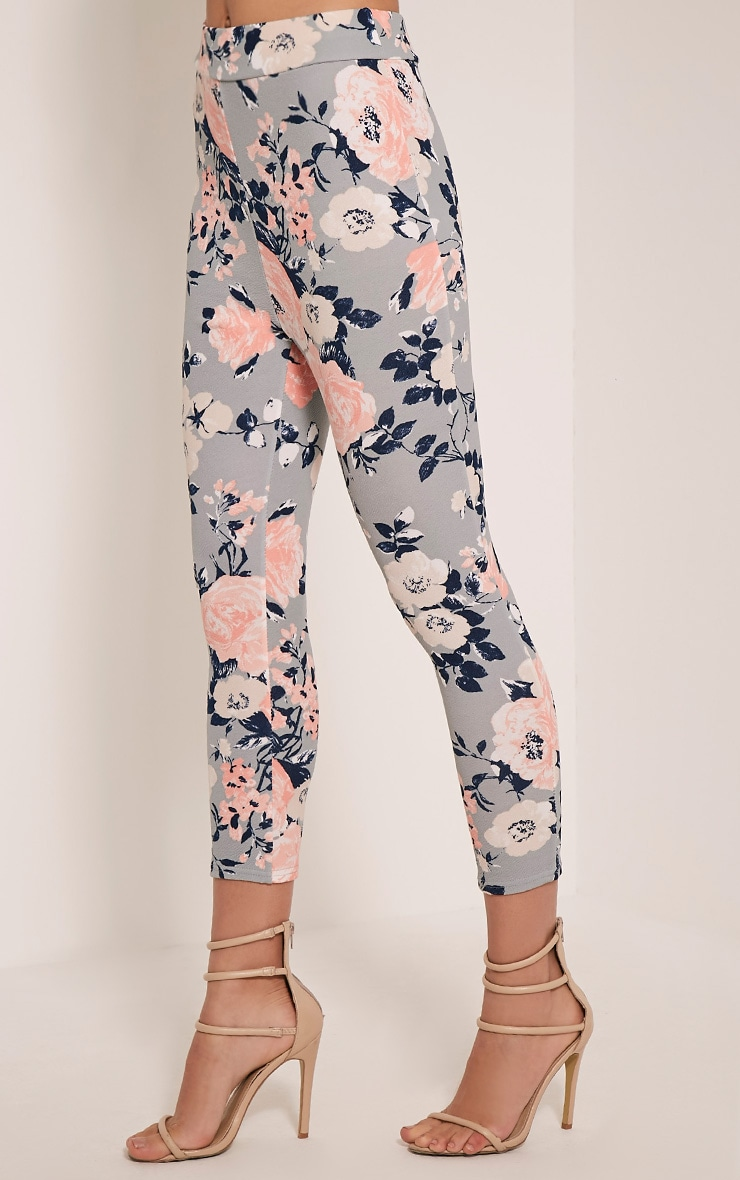 Natillia Dusty Blue Floral Cropped Trousers 4