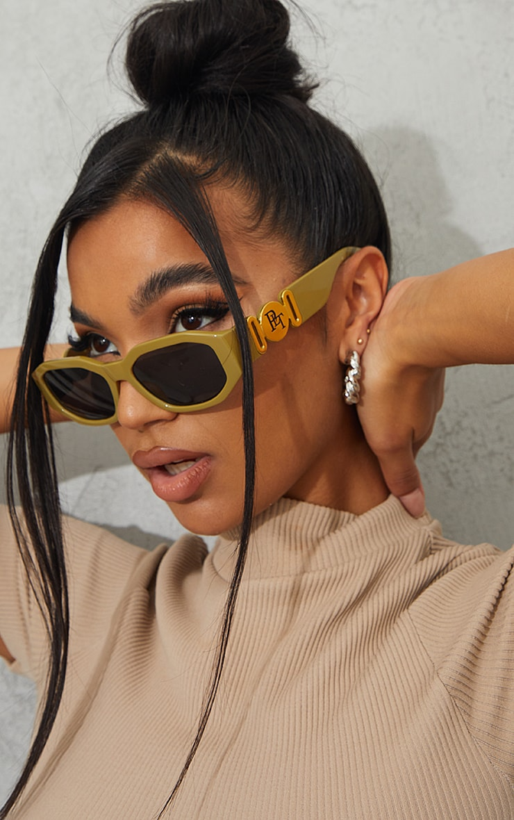 PRETTYLITTLETHING Olive With Gold Side Detail Round Frame Sunglasses 1