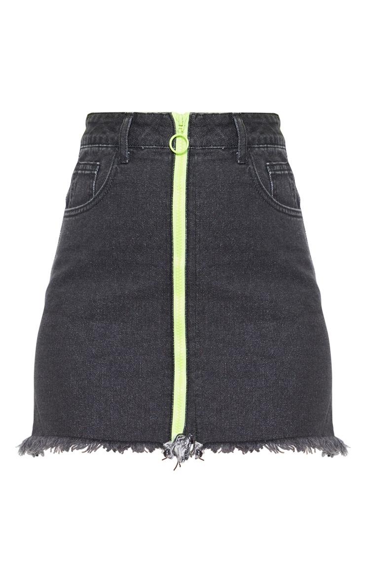 Jupe en jean noir délavé à zip frontal fluo 3
