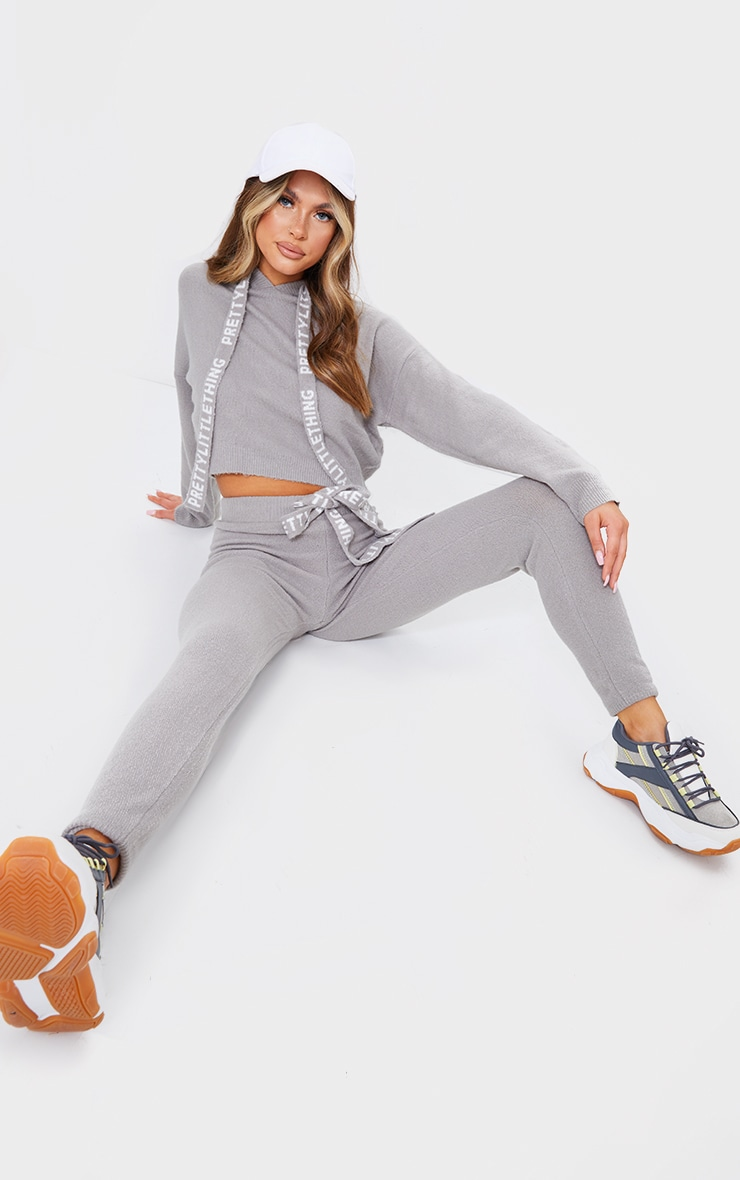 PRETTYLITTLETHING Grey Soft Knitted Joggers 1