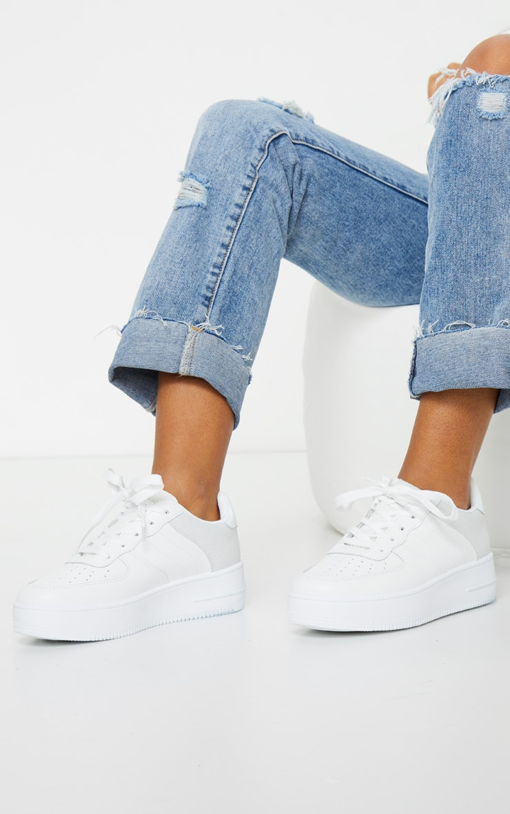 White Air Hole 90s Sneakers 1