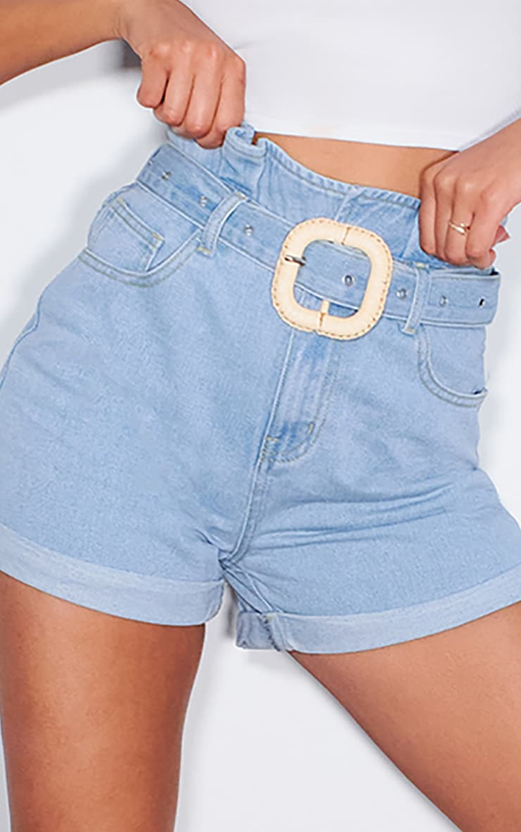Light Wash Raffia Buckle Denim Short 5