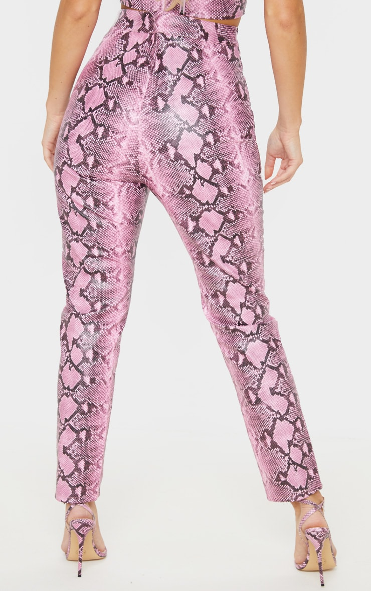Pantalon skinny en similicuir rose imprimé serpent  4