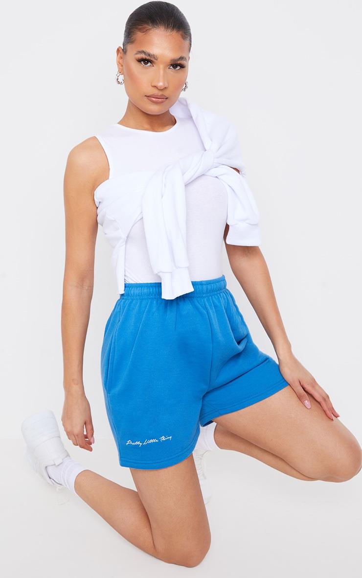 PRETTYLITTLETHING - Short en sweat bleu cobalt à slogan brodé 1