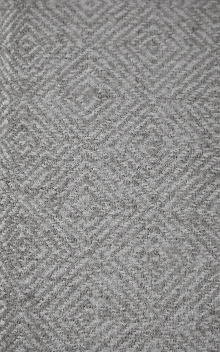 Grey Diamond Tassel Throw 3
