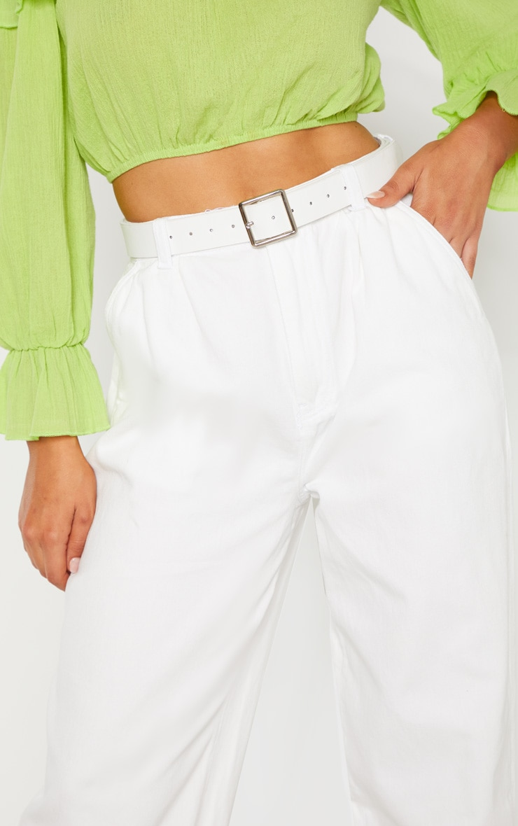 White Oversized Balloon Mom Jean 5