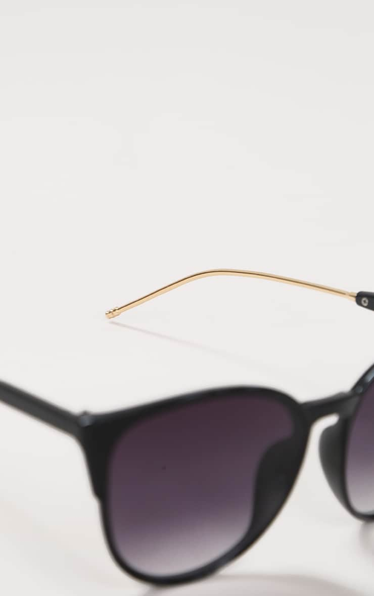 Black Sleek Oversized Cat Eye Sunglasses 3