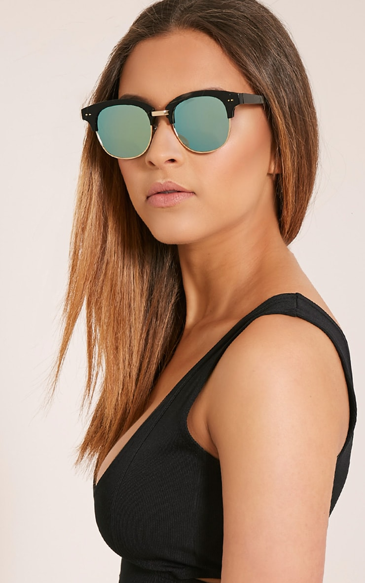 Kaisa Gold Lense Retro Sunglasses 2