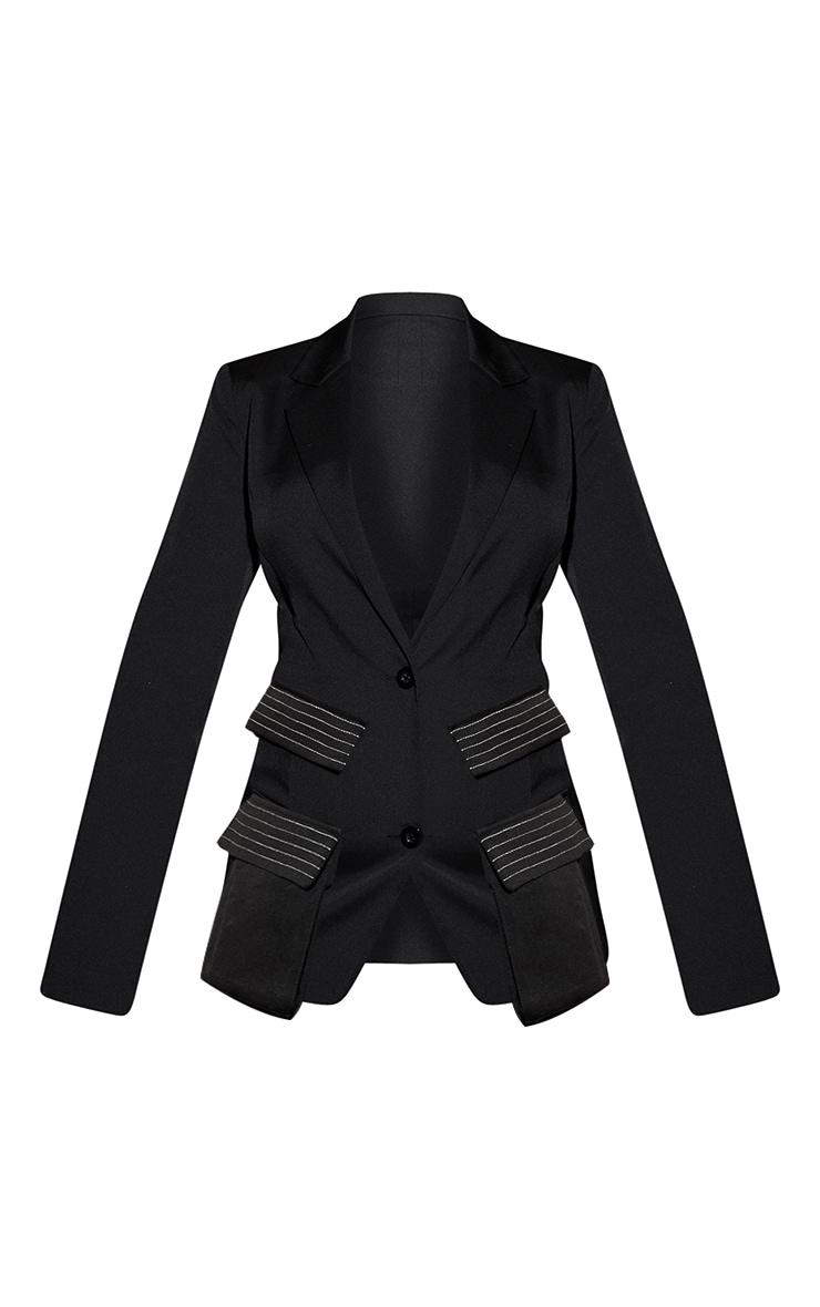 Blazer noir à détail coutures 3