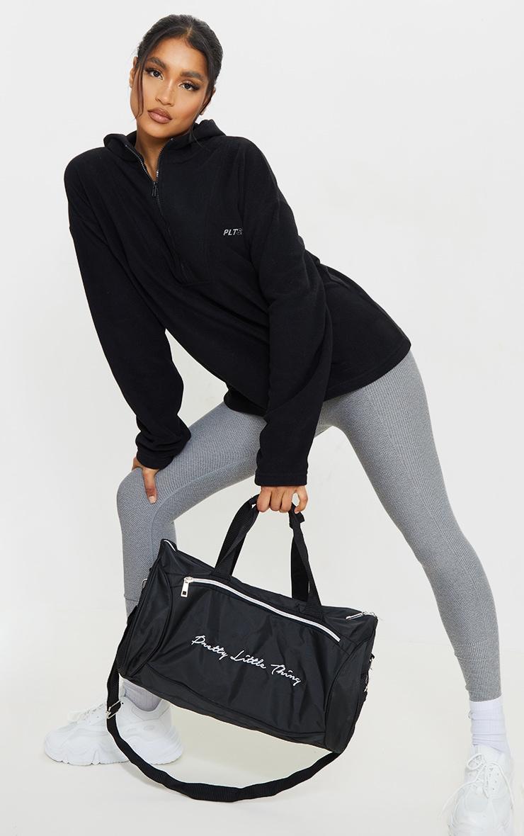 PRETTYLITTLETHING - Polaire noire à capuche et zip 3