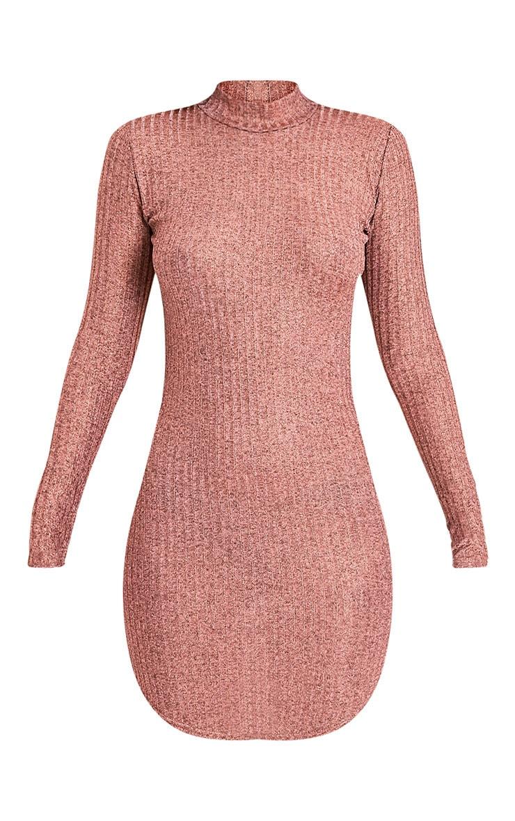 Laila robe moulante à col montant côtelé or rose 3