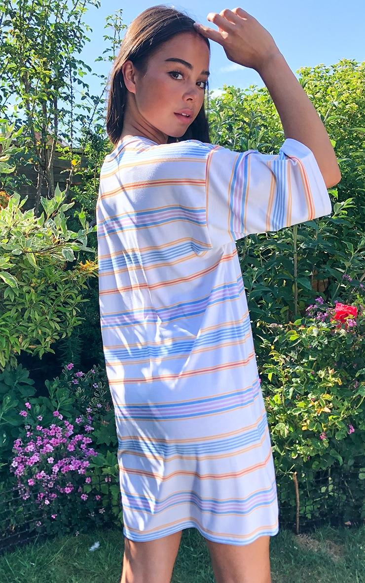 PRETTYLITTLETHING Cream Slogan Oversized Boyfriend T Shirt Dress 2