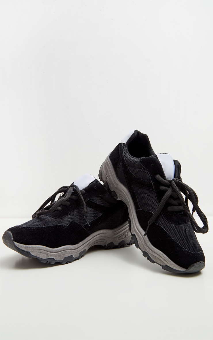 Black Trainer 4