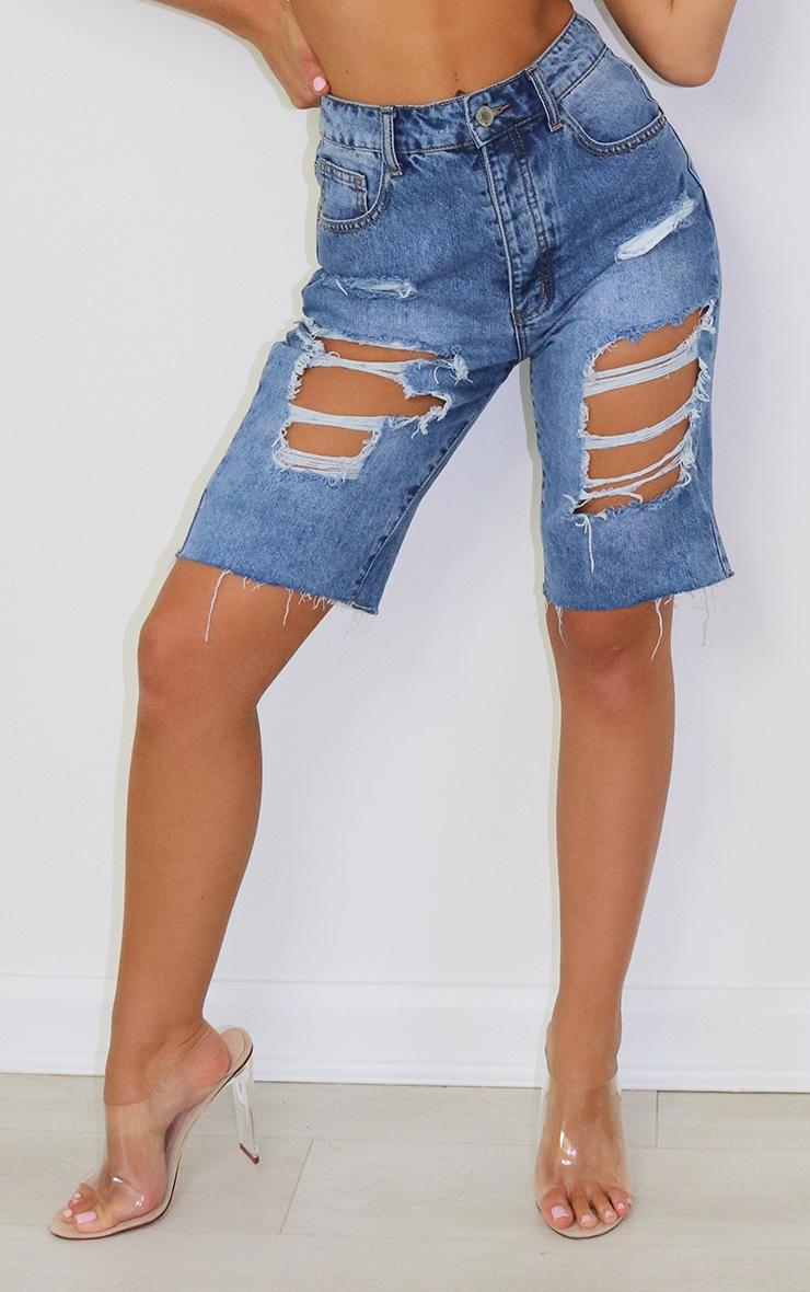 Short en jean déchiré au délavage moyen 2