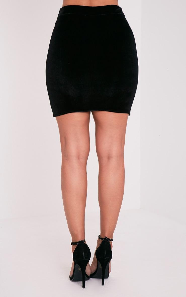Gabriella minijupe noire asymétrique en velours 4