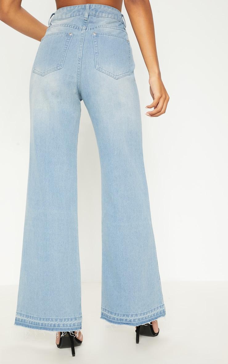 Light Wash Wide Leg Jean  4