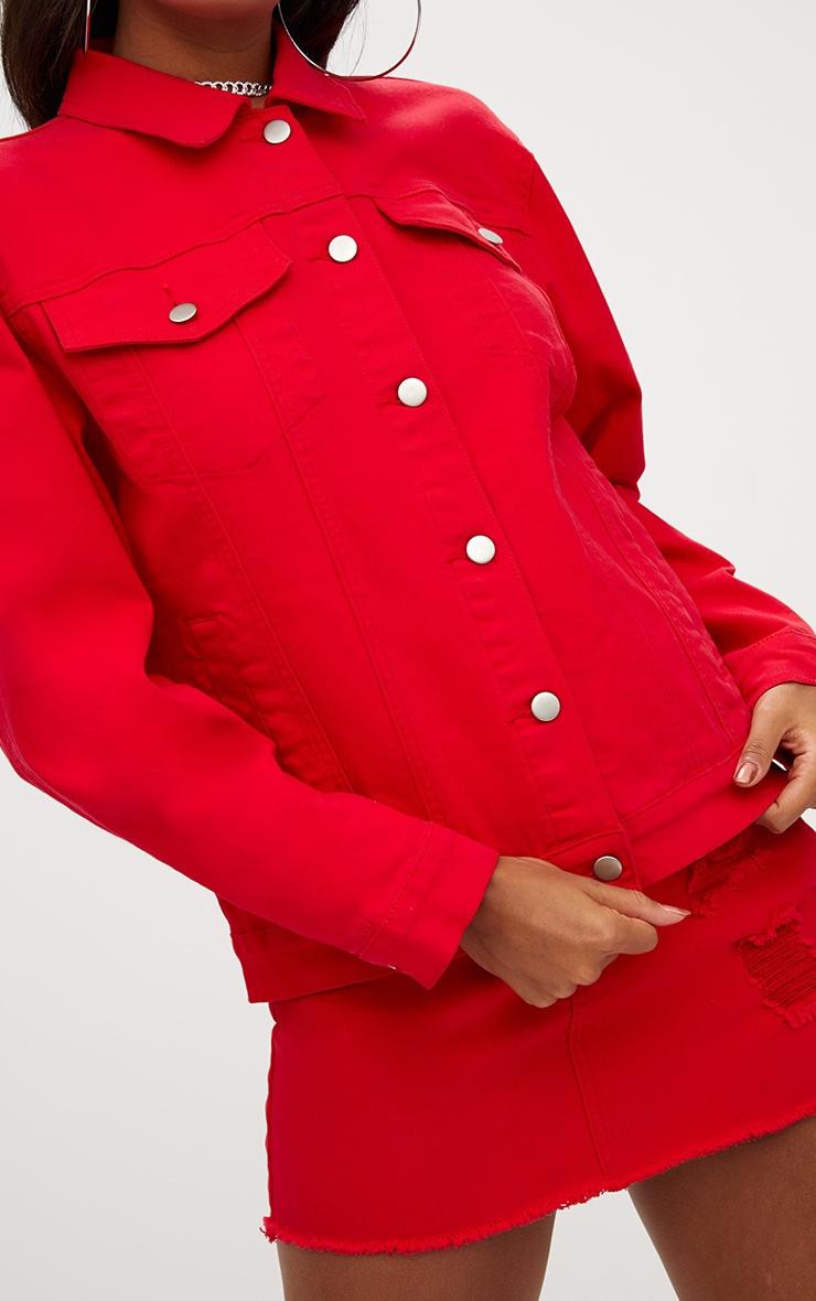 Veste en jean rouge boyfriend déchirée 5
