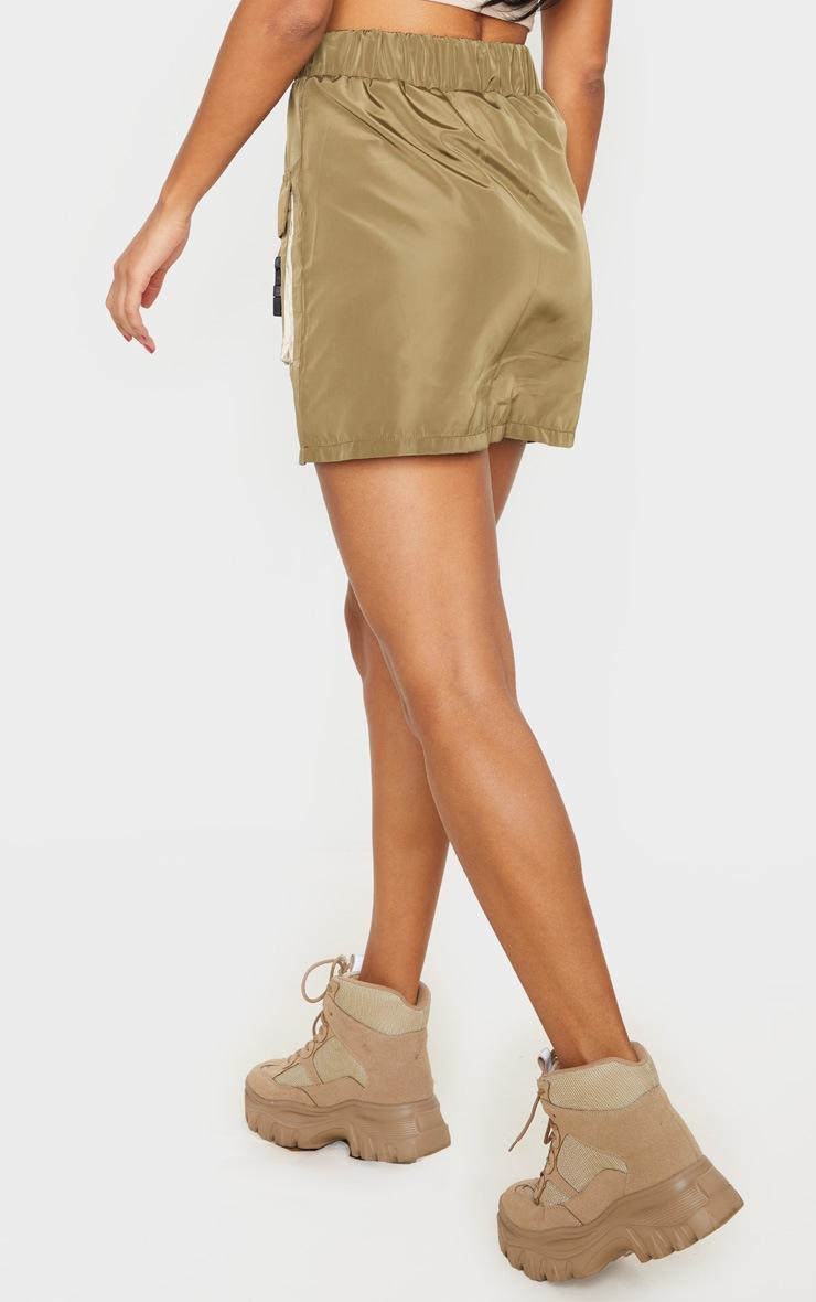 Jupe droite kaki effet survêt à détail contrasté et poches 3