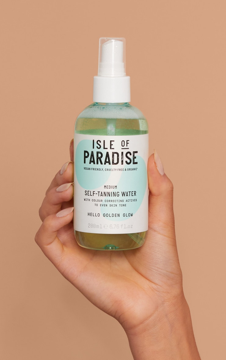Isle of Paradise Medium Self Tanning Water 4