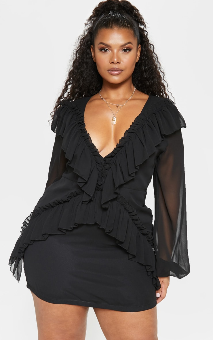PLT Plus - Robe noire moulante volantée en mousseline de soie 1