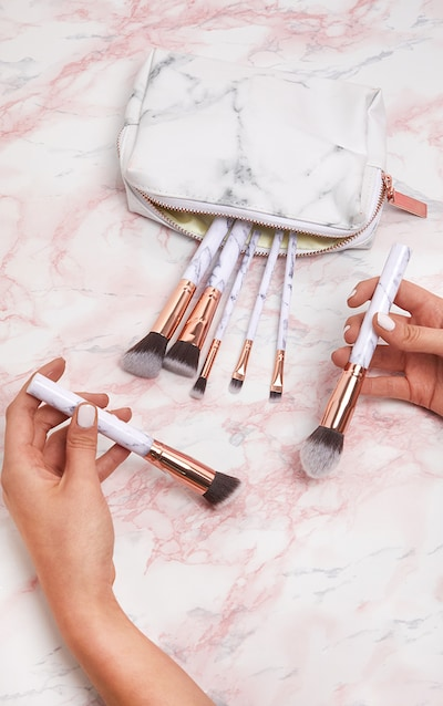 Makeup Brushes Eye Amp Blending Brushes Prettylittlething Ie