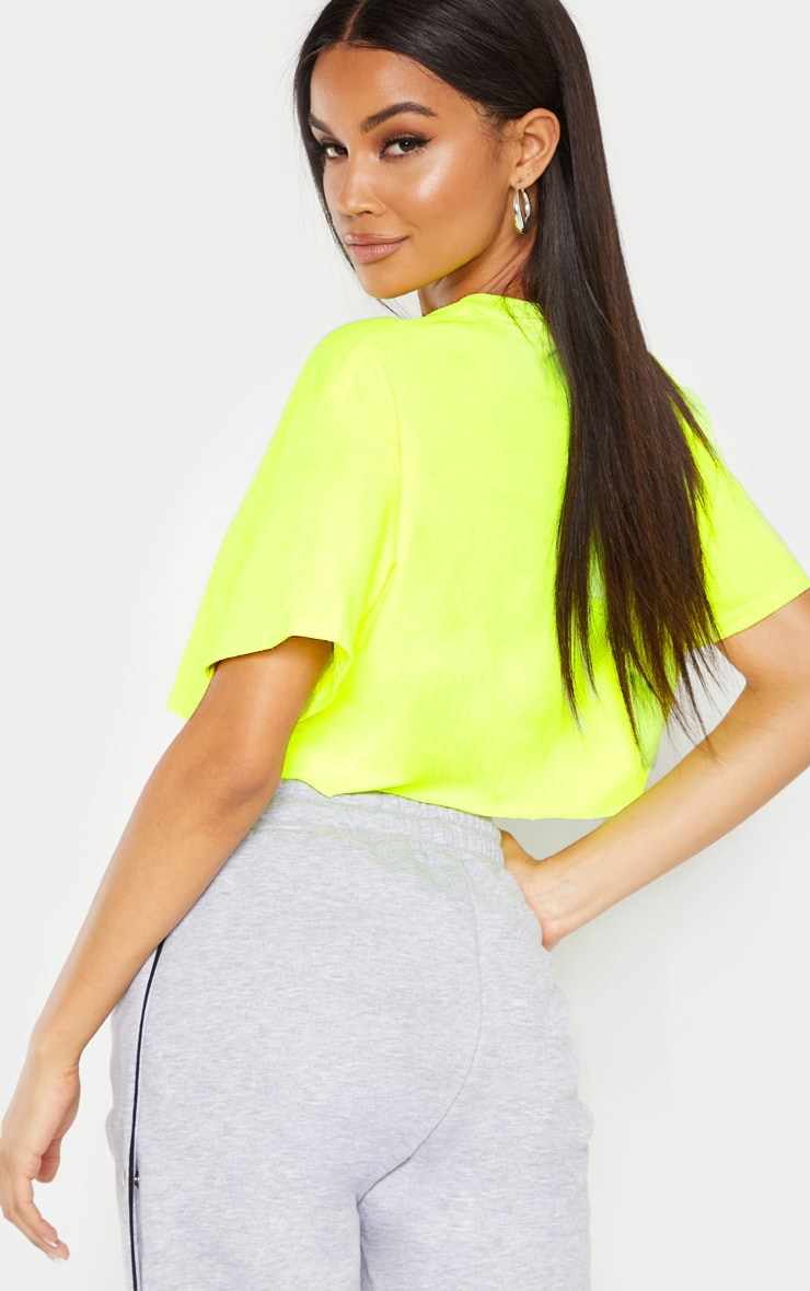 PRETTYLITTLETHING Neon Lime Embroidered Crop T Shirt 2